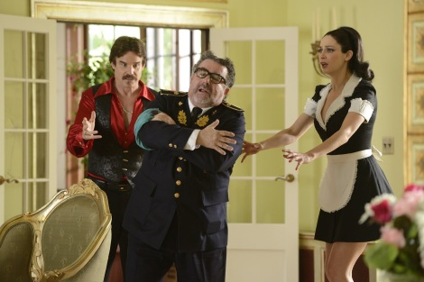 Warehouse 13 - Episode 5.04 - Savage Seduction - Promotional Photos (4)