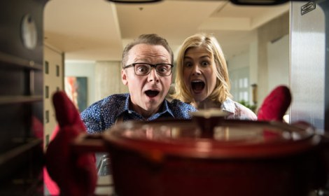 hector-and-the-search-for-happiness-simon-pegg-rosamund-pike-02-636-380